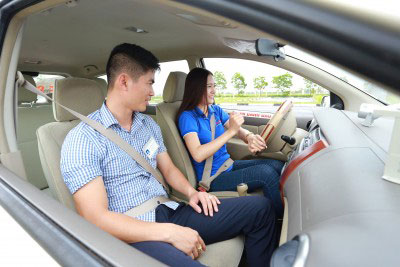 Học lái xe B1 tự động
