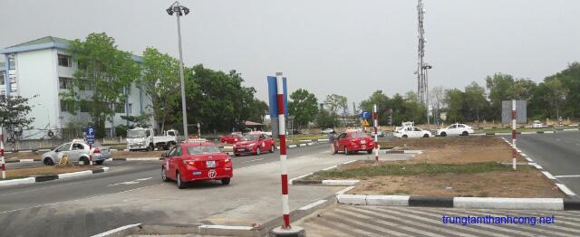 Học bằng lái xe ô tô B2 tại TPHCM