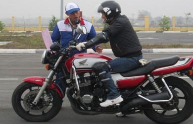 học bằng lái xe mô tô A2